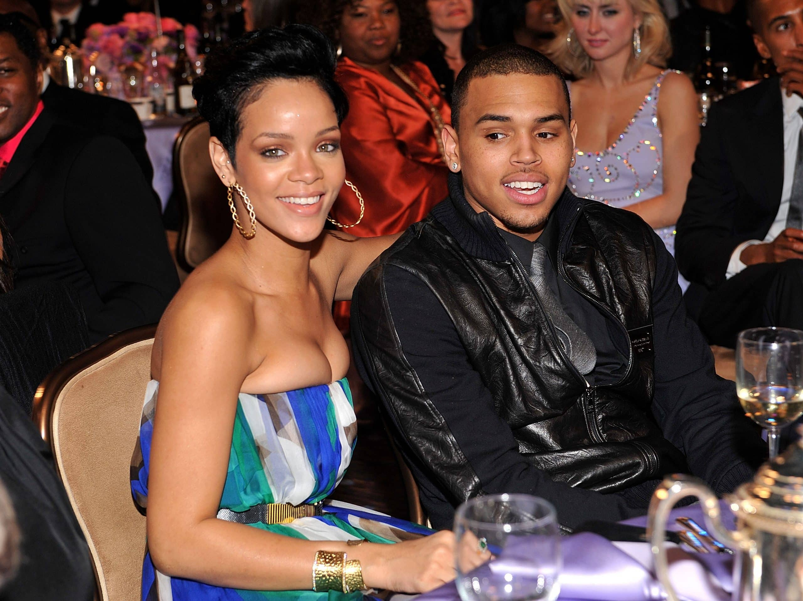 Chris Brown Dating Rihanna Again 2018