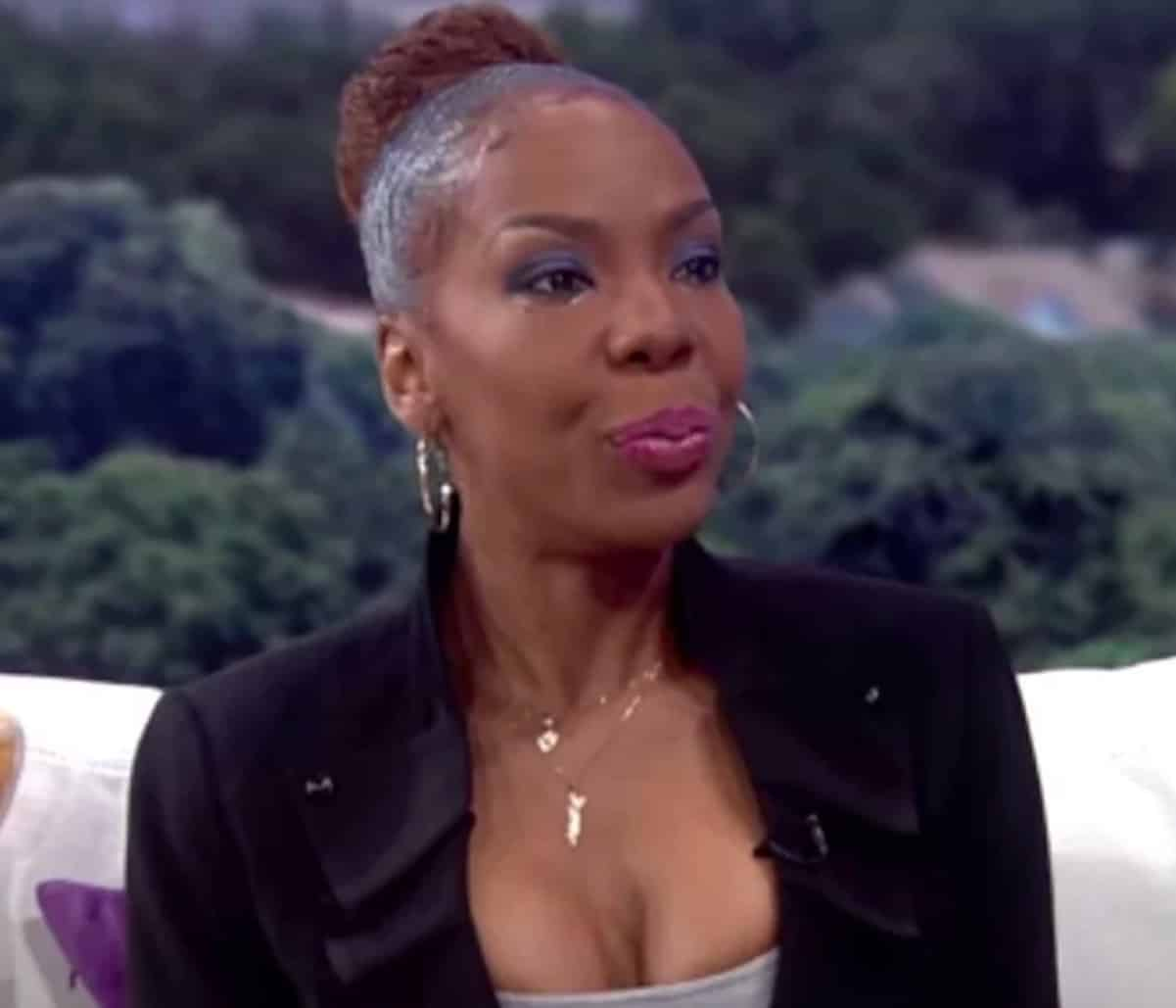 R Kelly's Ex-Wife Recounts Years of Domestic Abuse