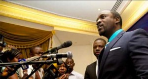 Akon versus Hiphop Rappers