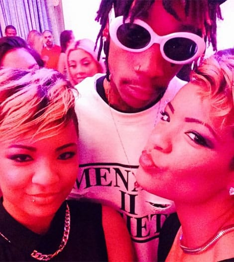 wiz-amber-twin-groupies