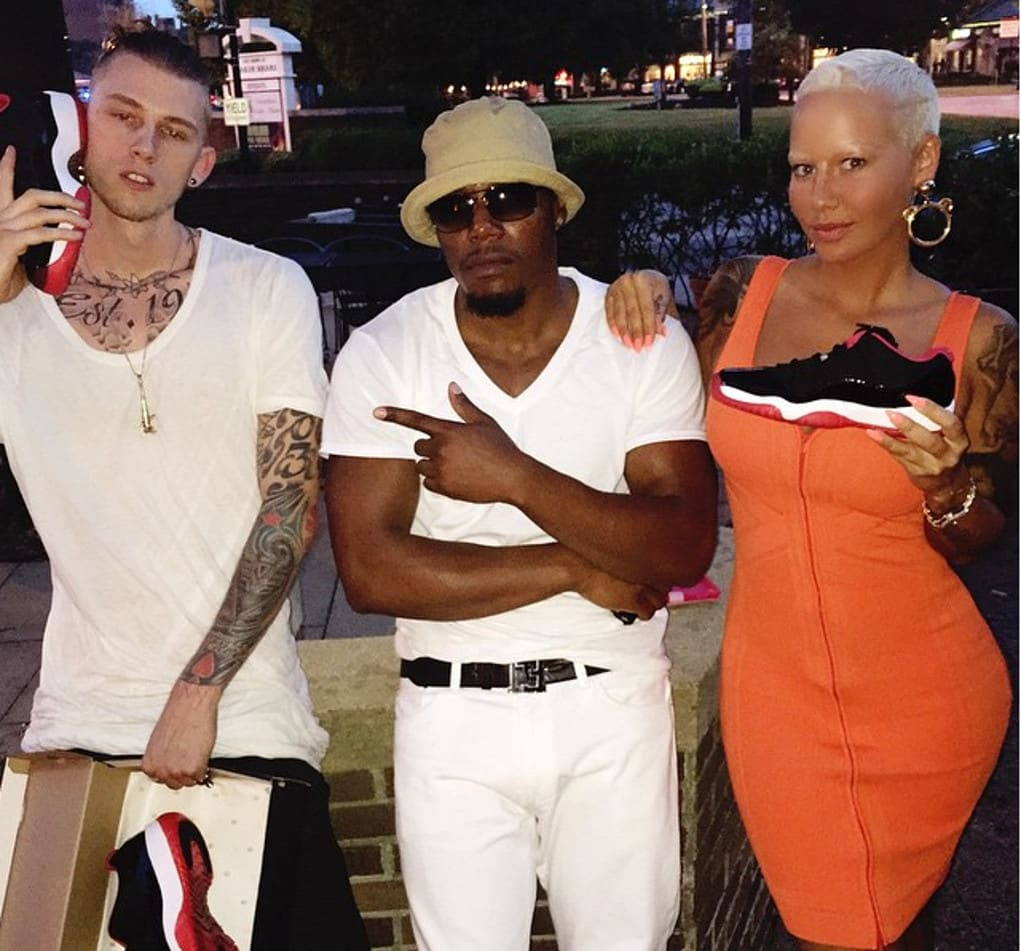 amber rose machine gun kelly jordans