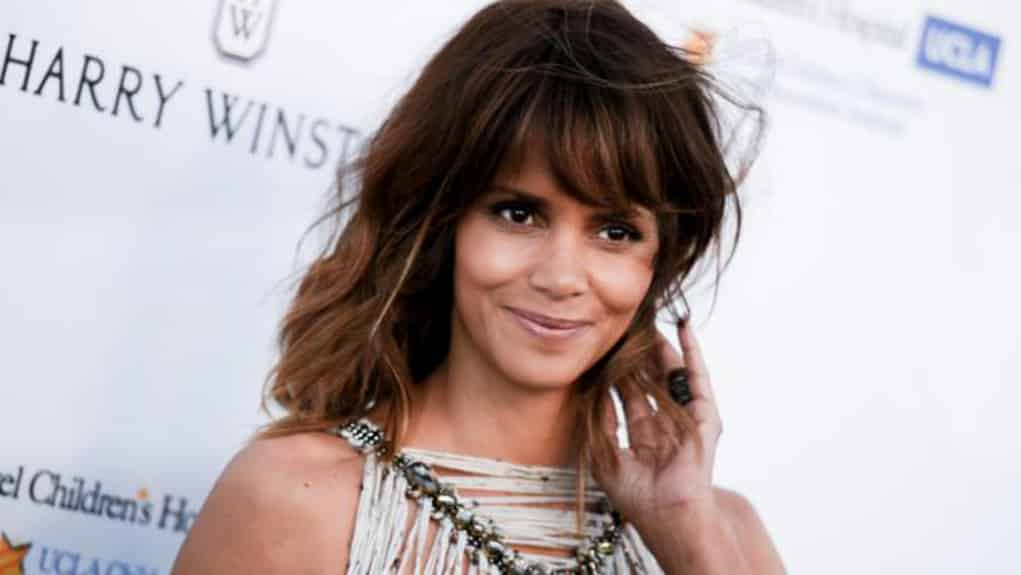 Halle berry dating chris webby