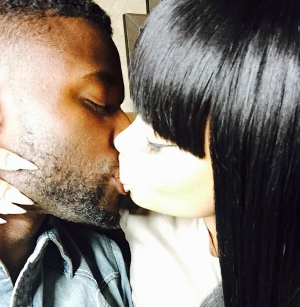 blac-chyna-pilot-jones-kissing