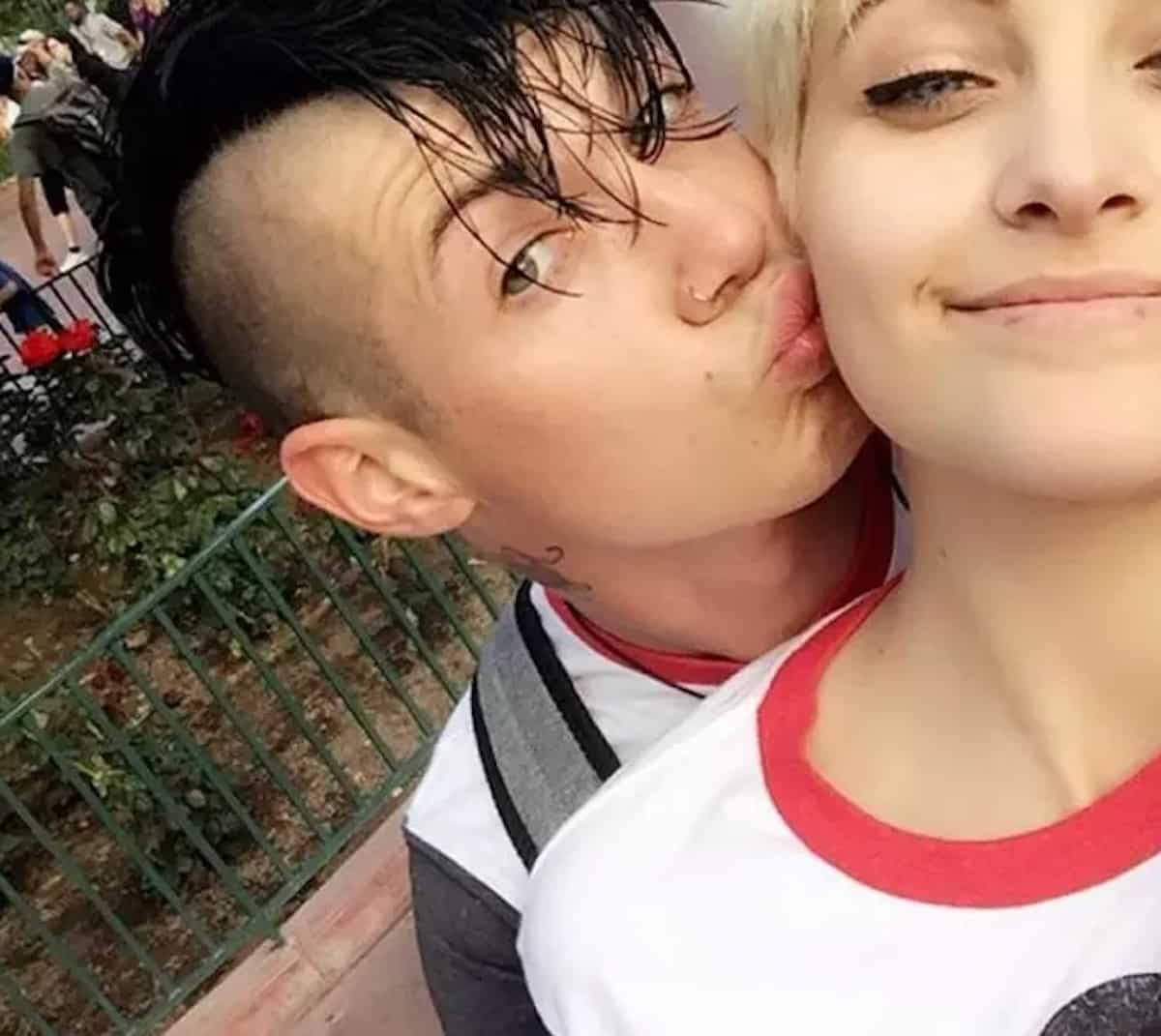 paris jackson dumps michael snoddy