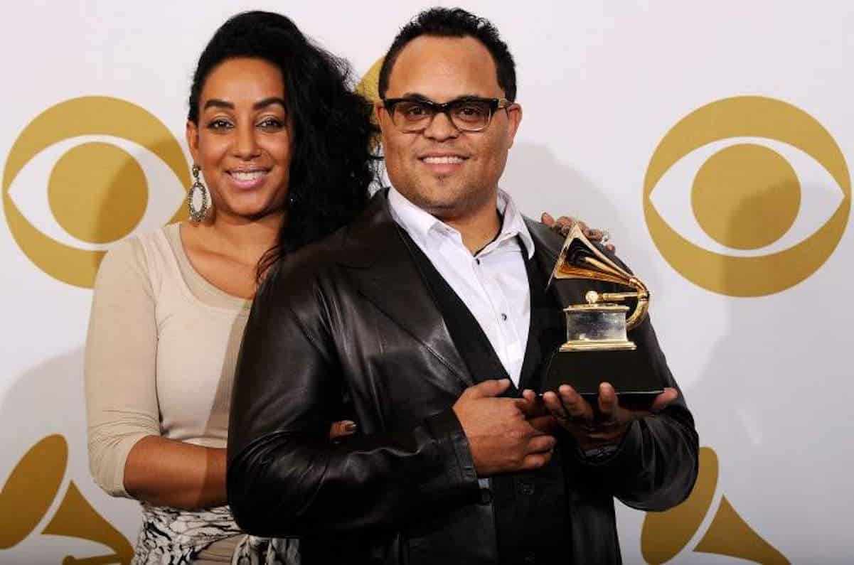 israel houghton ex wife foreclosure