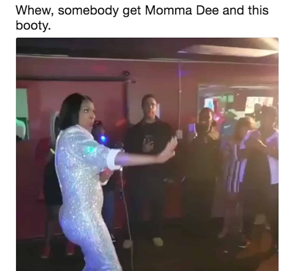 momma dee fake butt