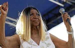 aretha franklin cancer dead