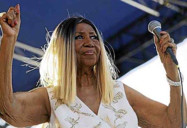 aretha franklin cancer dead